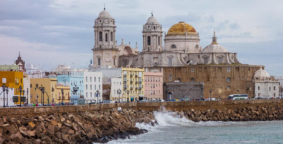 Escapada a Sevilla y Cádiz desde Granada