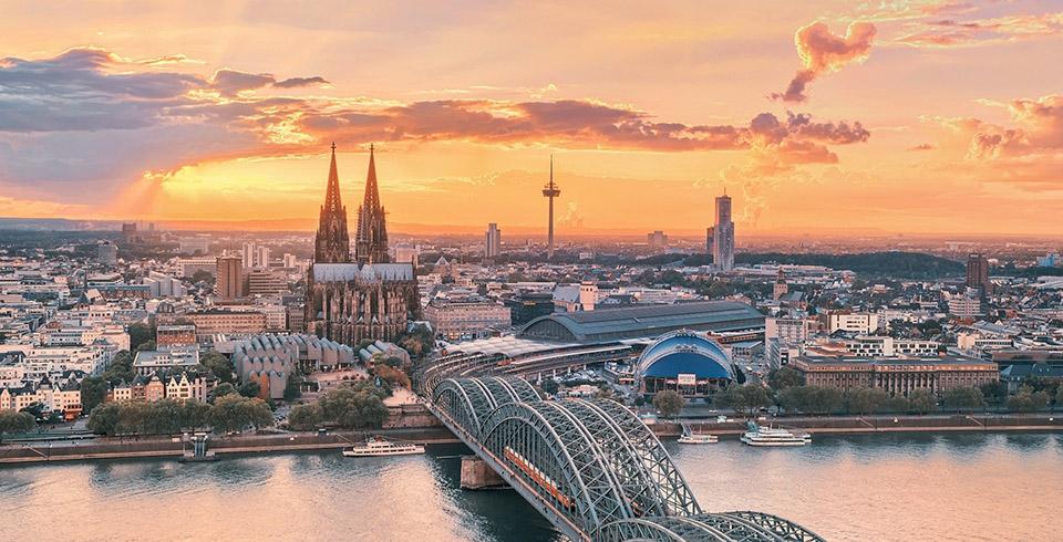Escapada Colonia y crucero por el Rin a Bonn